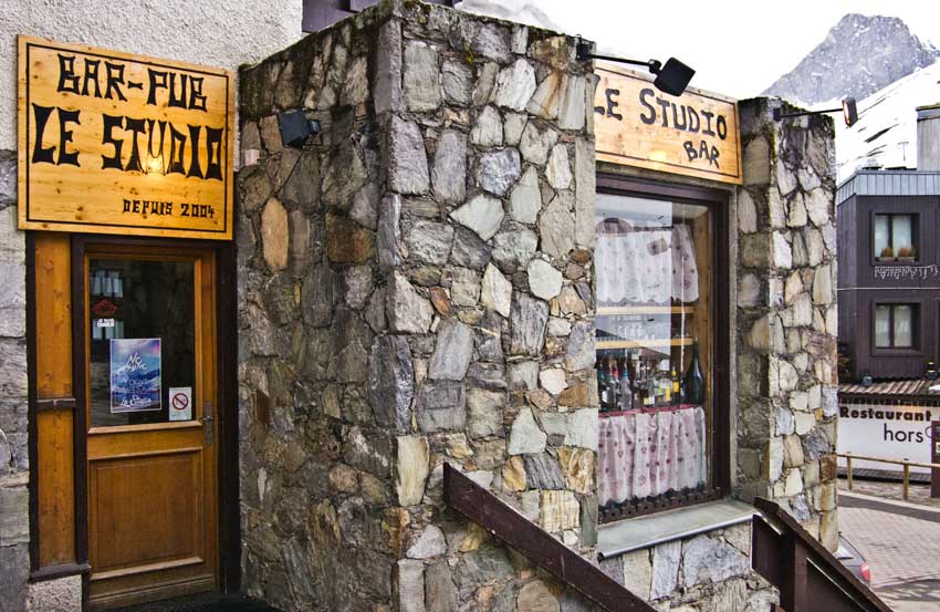 The Studio bar/pub in Tignes Val Claret