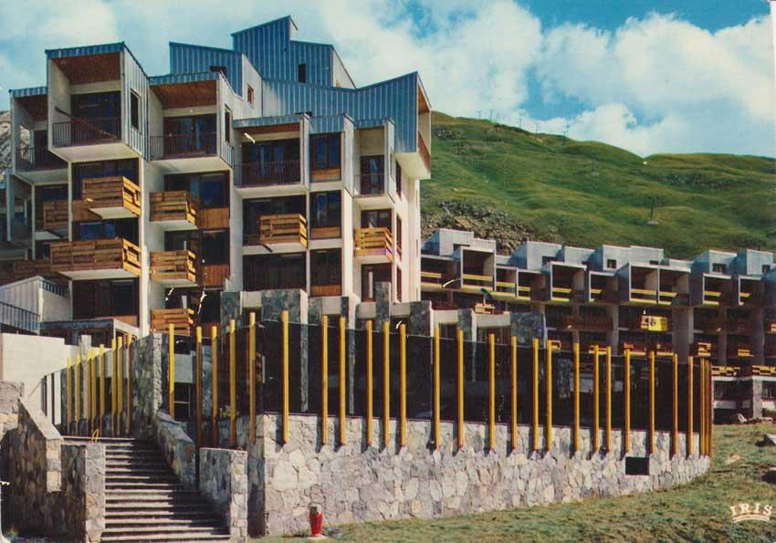 Carte postale «Le Val Claret et les pentes de la Tovière». Années 70.