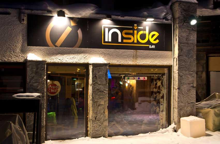 Le bar/pub 'Inside' à Tignes Val Claret