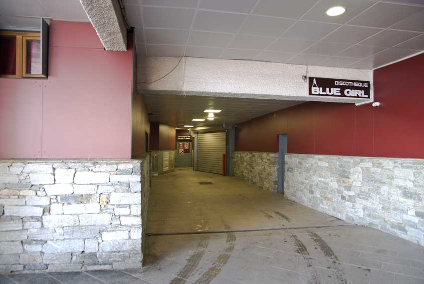 Entrance of the Sefcotel's underground car park