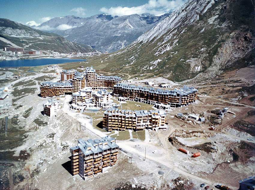 Tignes Val Claret being built at the end of the 1960s.