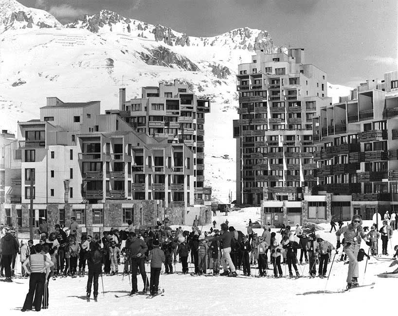 The Sefcotel and snow front in Val Claret at the beginning of the 1970s.